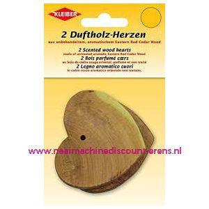 Geurende houten harten gemaakt van cederhout Kleiber 2 stuks